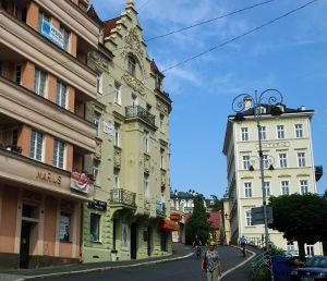 3+kk pěkný vybavený v lázeňském centru Karlových Varů 13