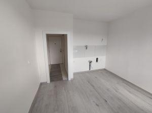 Nově zrekonstruovaný byt 2+kk, Karviná-Hranice 2