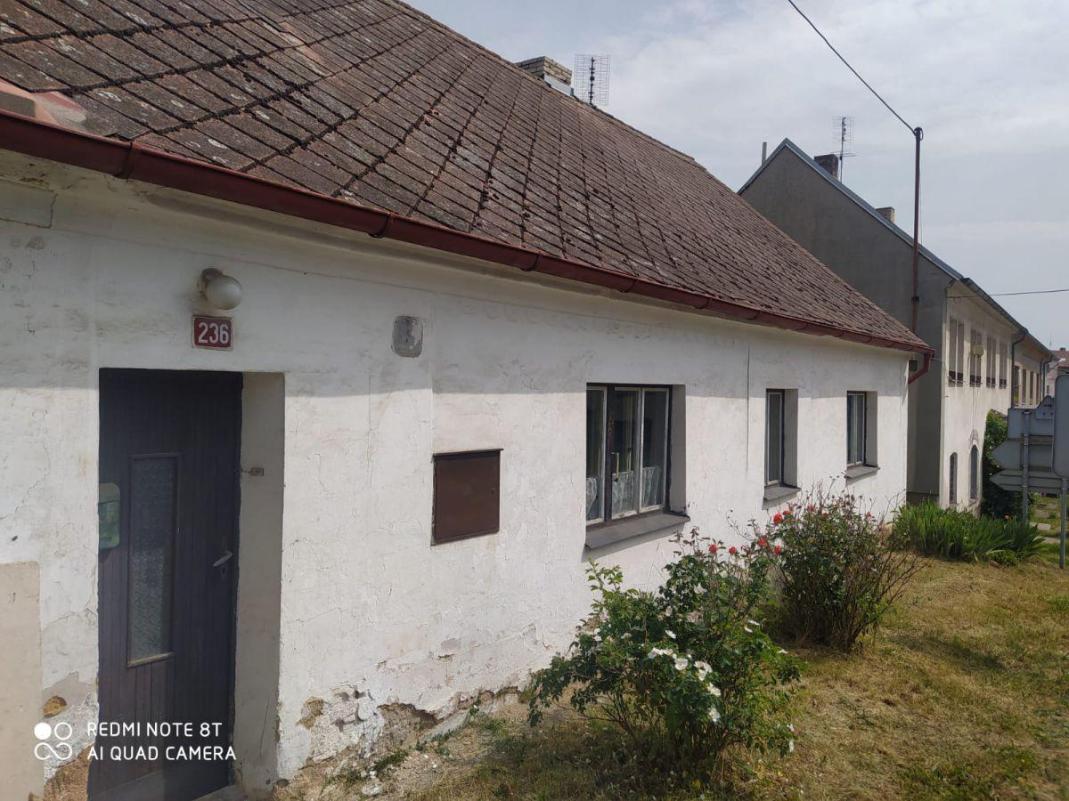 Prodej rodinného domu 196 m2 s pozemkem 50 m2 v obci Čistá