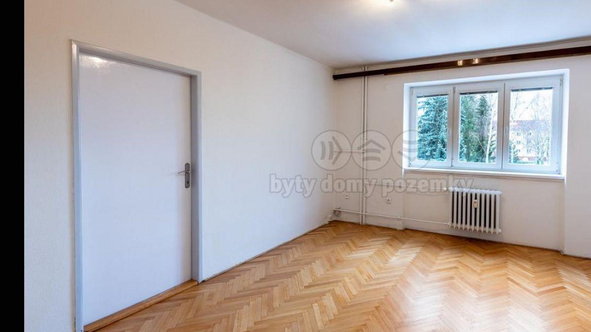Pronájem bytu 2+1, Pardubice - Dukla