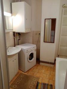 RD K PRODEJI. Dvougenerační - samostatně stojící/ 2 garáže. Užitná plocha 250 m², pozemek 2 390 m². 4