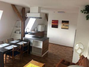 pronájem nově vybudovaného podkrovního bytu 15
