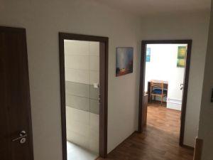 pronájem nově vybudovaného podkrovního bytu 8