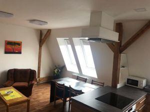 pronájem nově vybudovaného podkrovního bytu 6