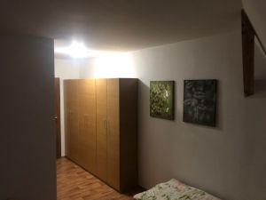 pronájem nově vybudovaného podkrovního bytu 17