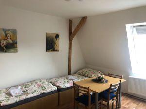 pronájem nově vybudovaného podkrovního bytu 18