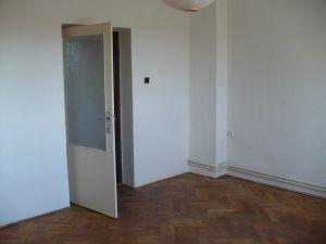 Pronajmeme byt 2+1 v Kostelci nad Vltavou 16 se zahrádkou 2