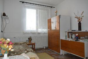 Prodej RD v Jihlavě-Staré Hory, klidné místo, s 2garáží, dalším park. místem na vl. pozemku a zahrádkou 4