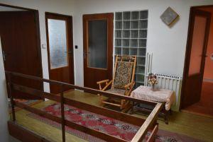 Prodej RD v Jihlavě-Staré Hory, klidné místo, s 2garáží, dalším park. místem na vl. pozemku a zahrádkou 5