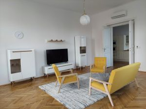 Pronájem bytu 3+1 Praha Smíchov 2