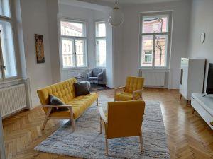 Pronájem bytu 3+1 Praha Smíchov 5