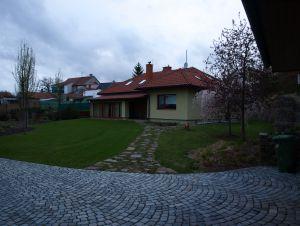 dům pronájem  Popovice 122