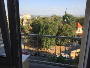 pronájem garsonky (1+1) v Praze 9, Prosek u metra, balkon  7